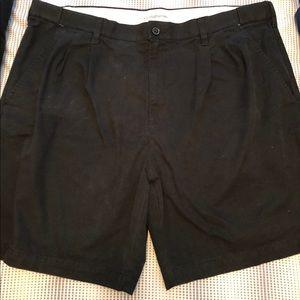 Croft and Barrow black khaki shorts size 42